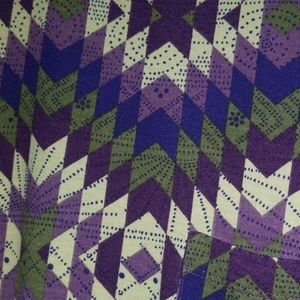 LuLaRoe Dresses - BNWT Lularoe Aztec Tribal Carly size Medium